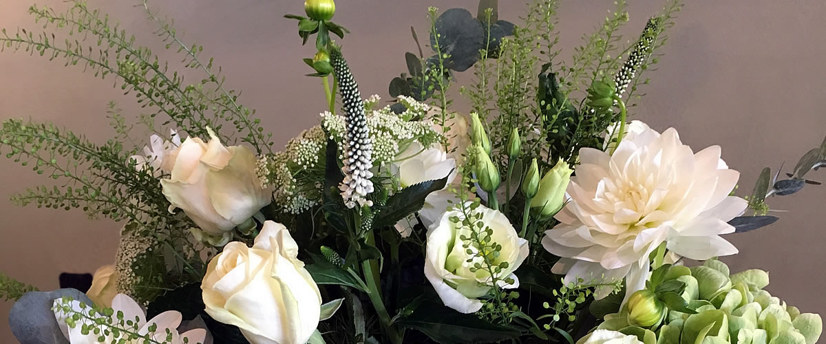 Same day flower deliveries in Lymington from Yasmin Design Florist